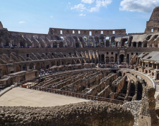 Walking Tour of Colosseum & Ancient Rome