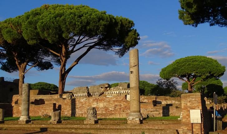 Ostia Antica, via dei Romagnoli